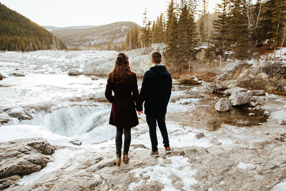 elbow-falls-calgary-photographer-banff-love-and-be-loved-photography-alissia-craig-engagement-image-photo-picture-37.jpg