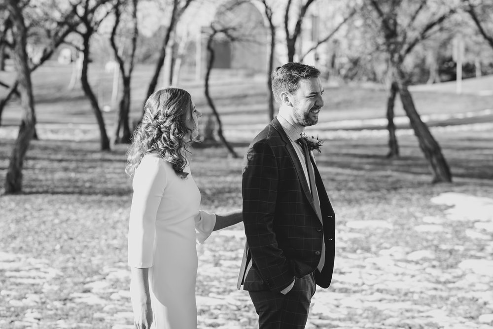 lethbridge-wedding-photographer-love-and-be-loved-photography-kris-amy-paradise-canyon-image-picture-photo-3.jpg