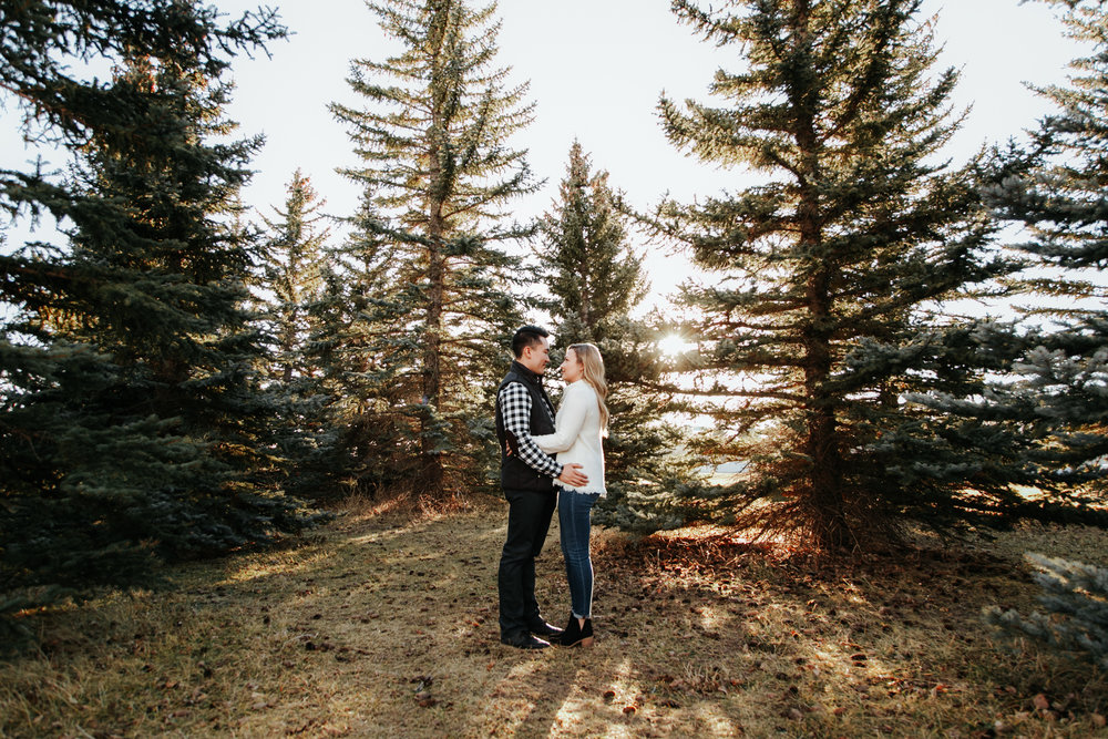 lethbridge-photographer-love-and-be-loved-photography-jared-carly-engagement-1.jpg