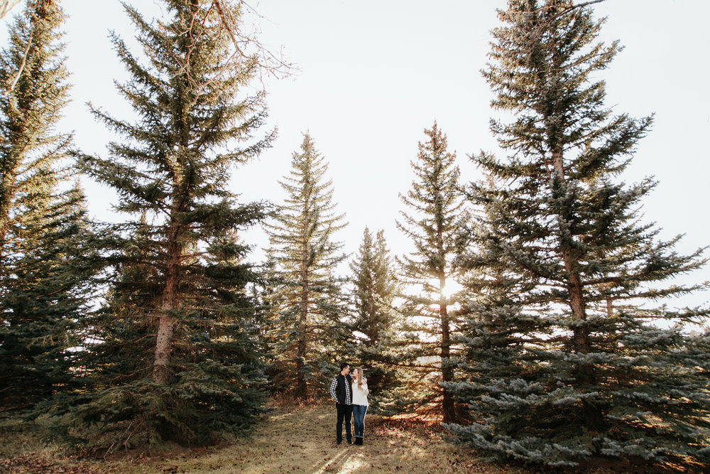 lethbridge-photographer-love-and-be-loved-photography-jared-carly-engagement-10.jpg