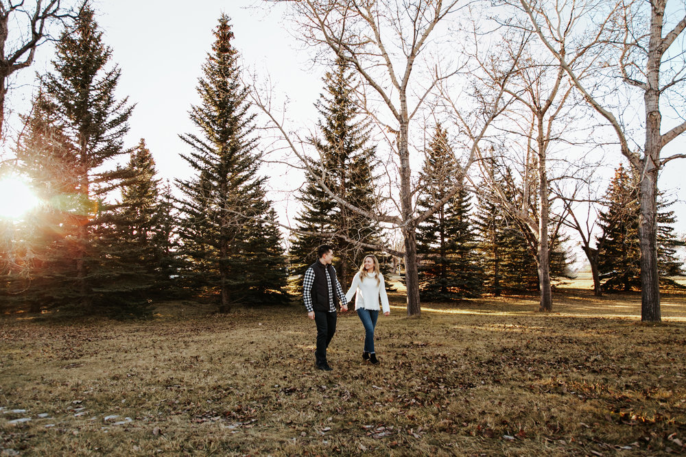 lethbridge-photographer-love-and-be-loved-photography-jared-carly-engagement-21.jpg