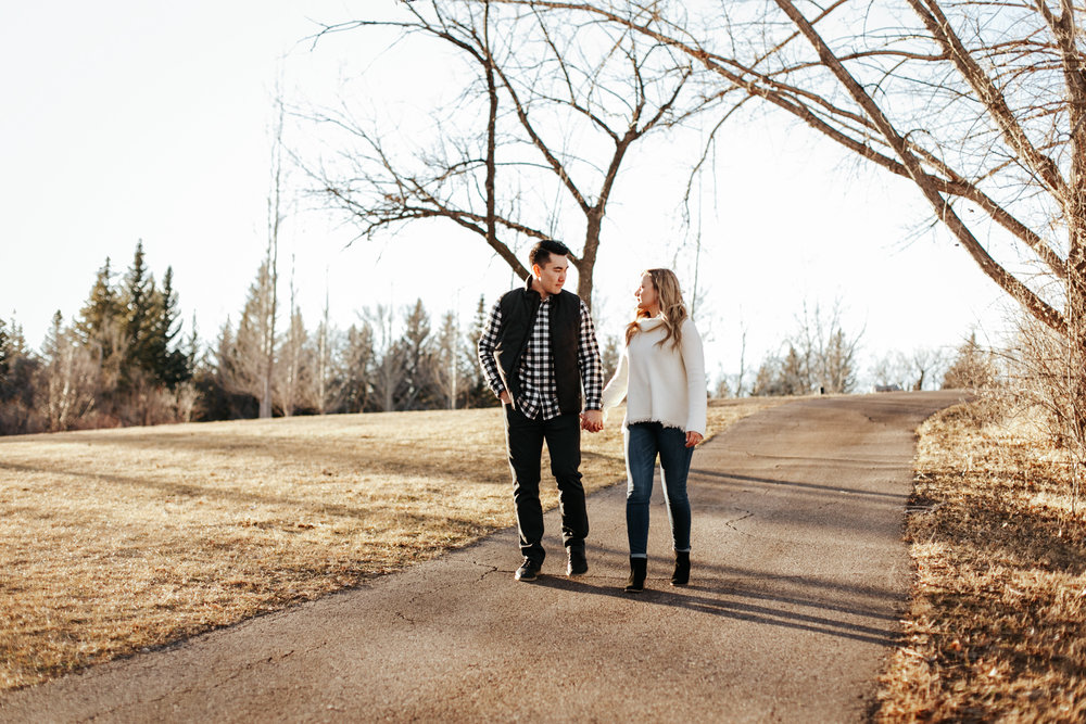 lethbridge-photographer-love-and-be-loved-photography-jared-carly-engagement-23.jpg