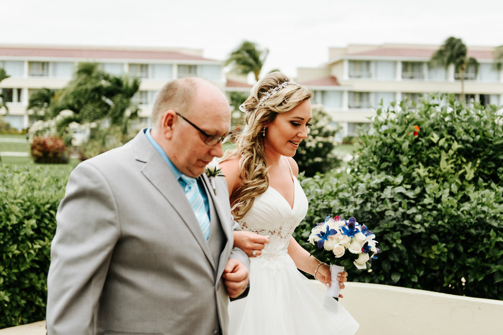 love-and-be-loved-photography-destination-wedding-photographer-cancun-mexico-jessica-jon-image-picture-photo-61.jpg