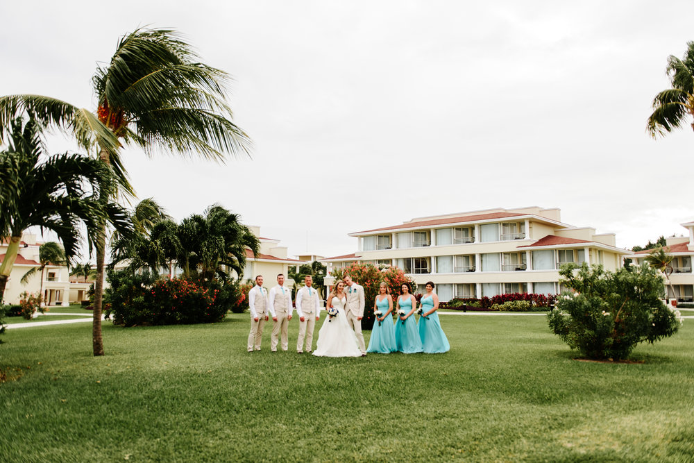 love-and-be-loved-photography-destination-wedding-photographer-cancun-mexico-jessica-jon-image-picture-photo-119.jpg