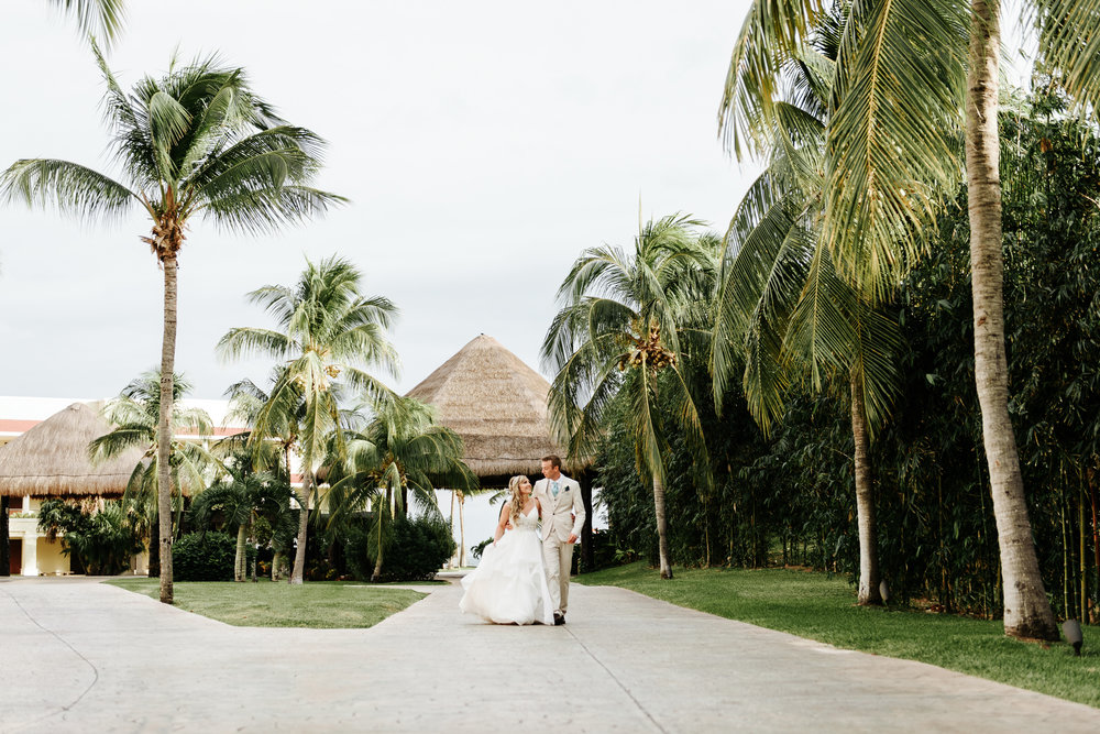 love-and-be-loved-photography-destination-wedding-photographer-cancun-mexico-jessica-jon-image-picture-photo-135.jpg