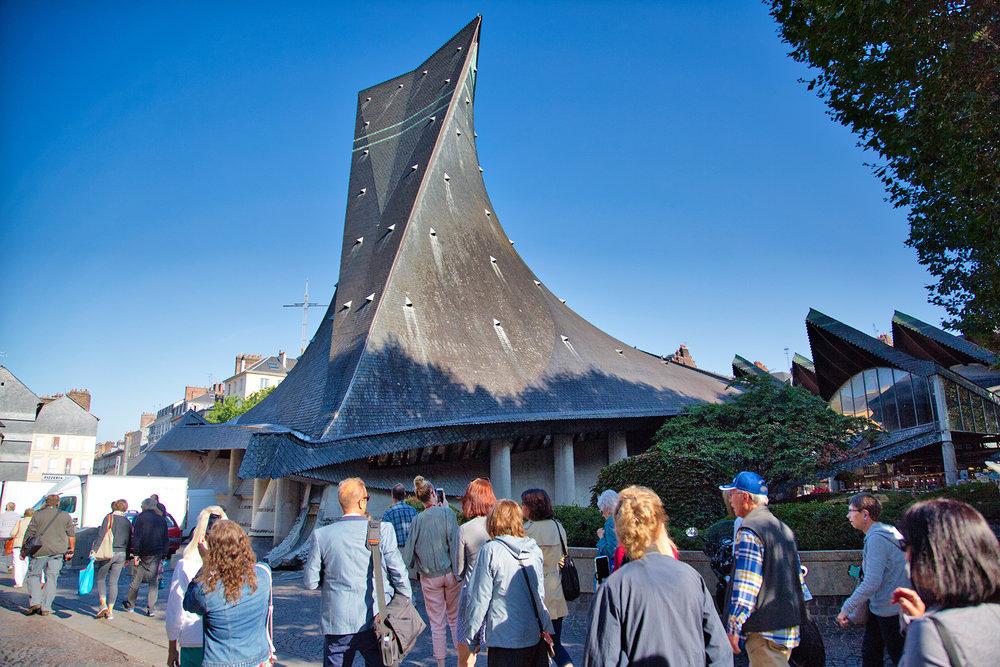 Église Sainte-Jeanne-d'Arc
