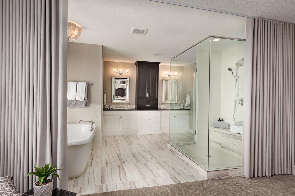 Emily Smith - bathroom 5.jpg