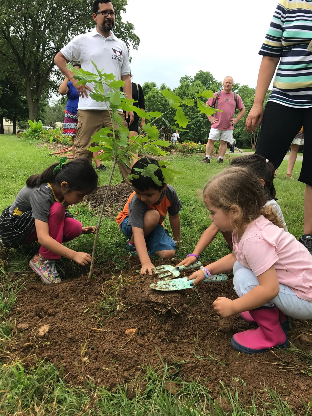 Kids helped plant a white oak tree in the name of conservation!