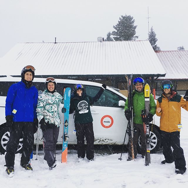 We're making this a tradition #carloadwednesday with @modo_carcoop @mtseymour !  Here's a recap: I booked our Modo by filtering for vehicles with snow tires and at least 7 seats - pretty cool. We carpooled to Mt Seymour for Carload Wednesday - a discount program that encourages carpooling. There was some traffic but we had lots of conversations and laughs among our cheery crew! Ski conditions couldn't have been better.  Join us and program sponsor Modo, by registering for the BC Commuter Challenge - Sign up now! Link in bio  #commuterchallenge #teambuilding #skitrip #vanpool #carpool #colleagues #freshsnow