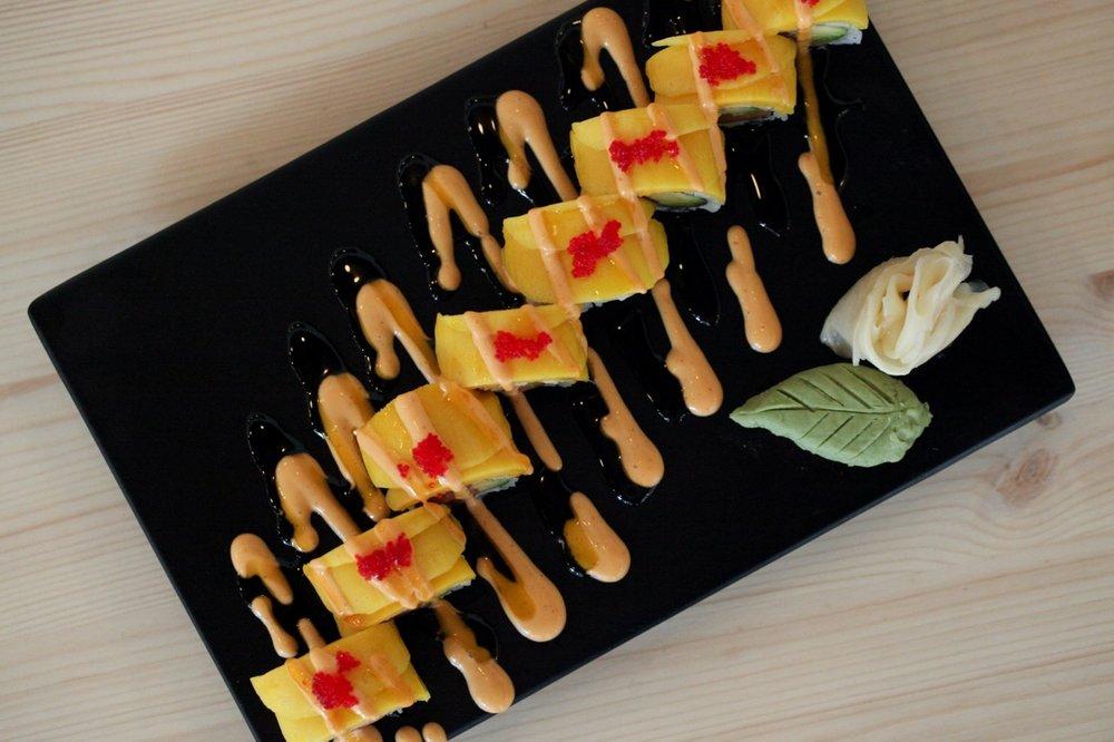 Makana_MenuItems_Sushi_MangoTango-2.jpg