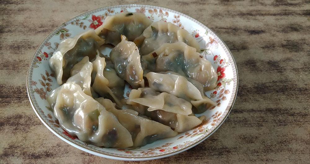 蕎菜口感爽脆,味道帶點蔥的辛辣,非常適合作餃子的餡料。
