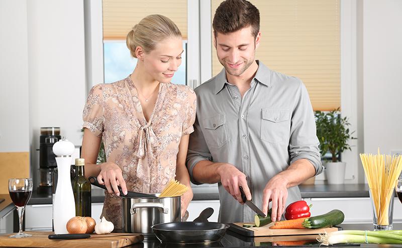 煮麵條時加醋 , 可使麵條變白 , 除去麵條的咸味。 - 圖片來自網絡