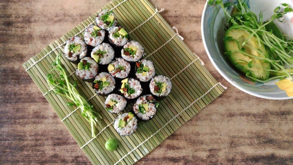 牛油果藜麥三色米壽司 - 日式小清新絕對也是降溫的好選擇