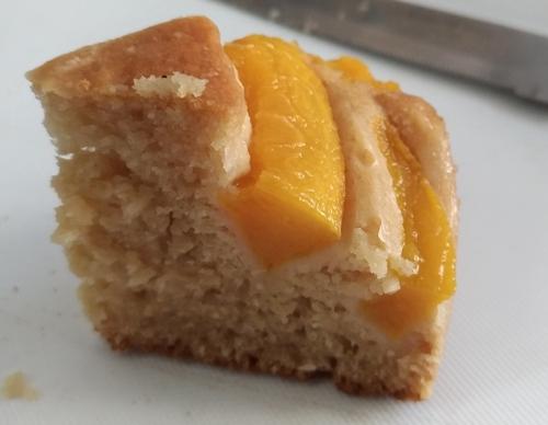 vegan-peach-cake-a.jpg