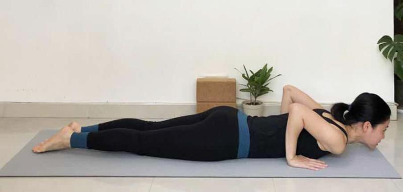 yoga-cobra-2.jpg