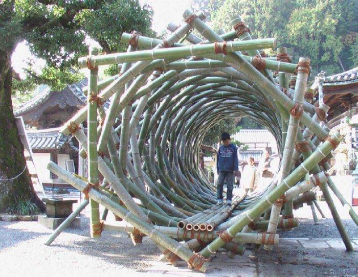 Bamboo Fibonacci tunnel playground element