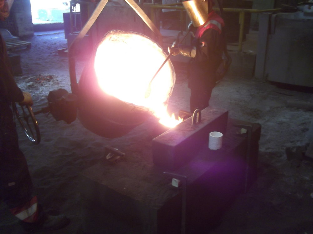 Pouring steel for custom table