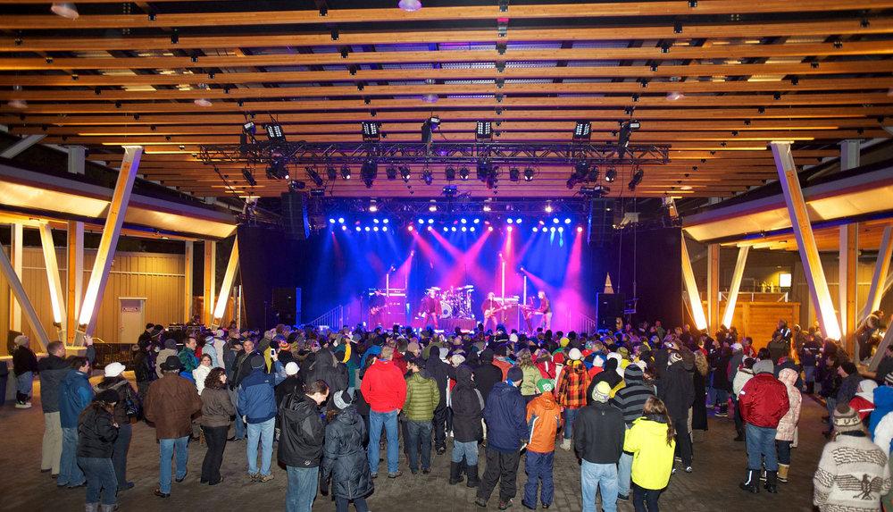 wsi-imageoptim-Whistler-Olympic-Plaza-concert.jpg