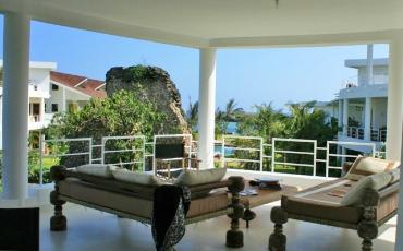 Amani-terrace.jpg