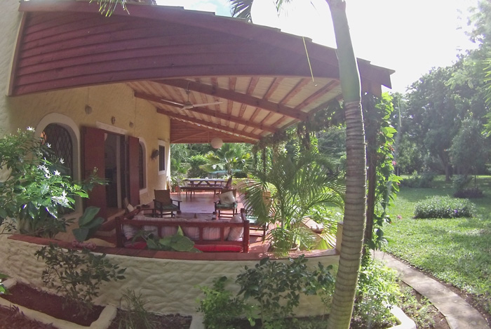 BAK-verandah2.jpg