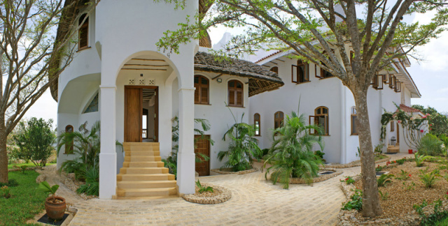 Araylia  - (6 Bedrooms - Clifftop - Oceanfront - Kilifi)