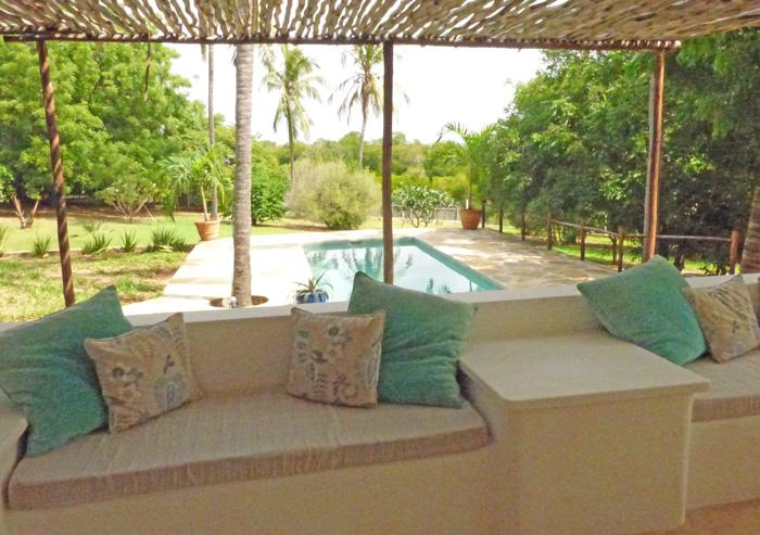 DK-terrace-pool.jpg