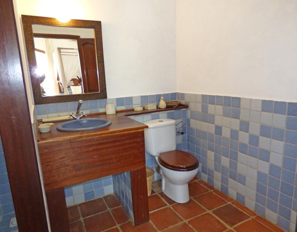 Jahazi-Bathroom1.jpg