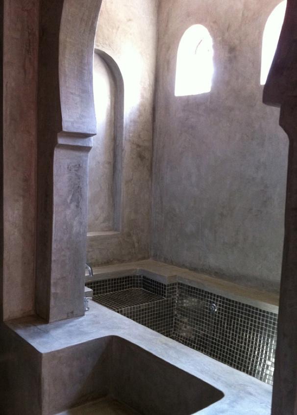 DAr Meethi - Master bath.jpg