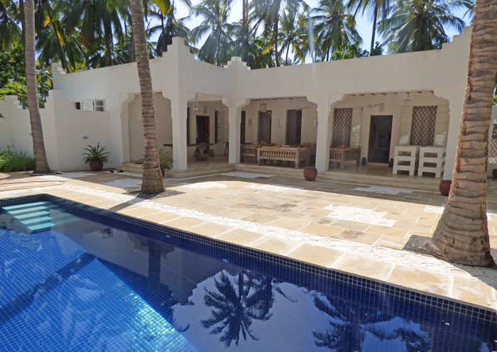 LOVELY 2 BEDROOM COTTAGE IN MIDA FOREST FOR SALE  - (Ref:  mfap03)