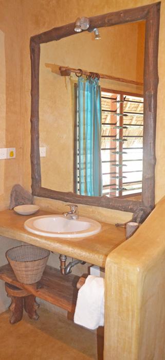 Cottage-Bathroom-2a.jpg