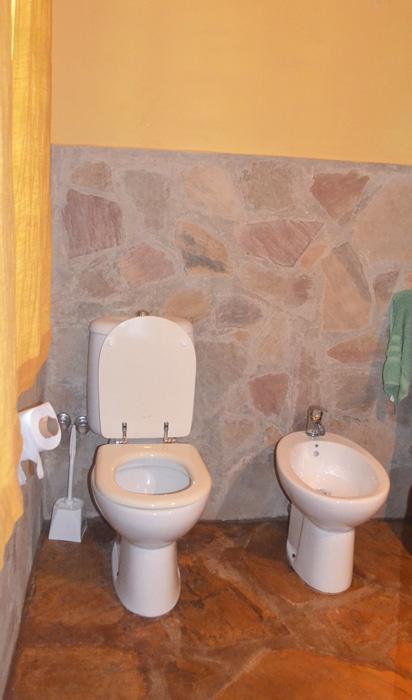 House-Bathroom-1b.jpg