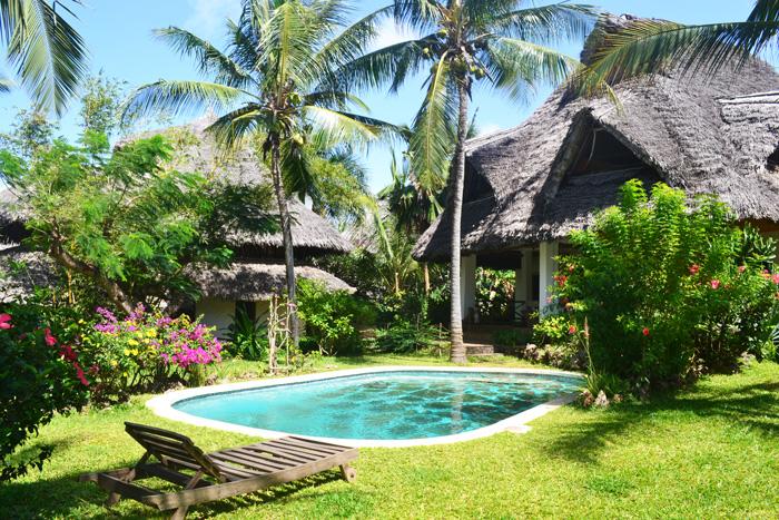 Pool-&-House-1.jpg