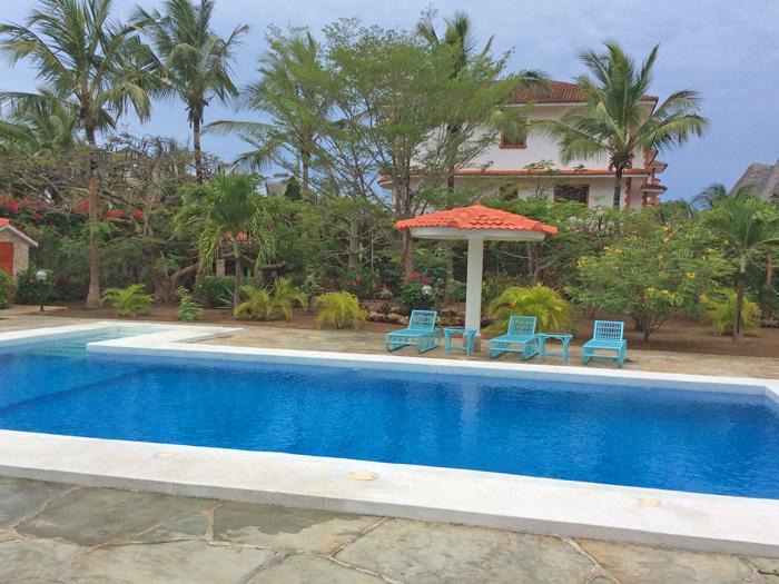 Main-pool.jpg