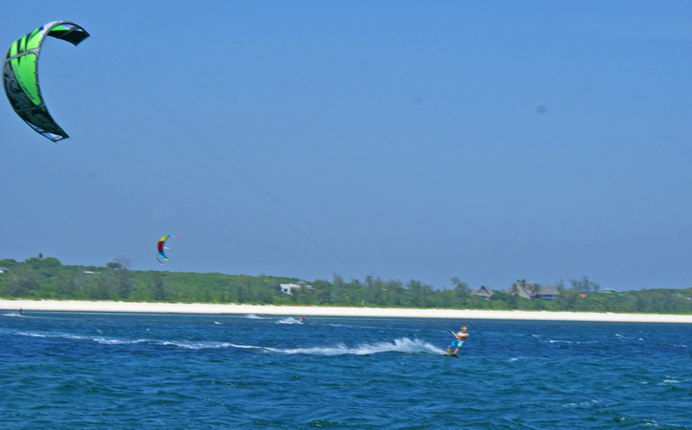 WATER SPORTS - Watamu offers a wide range of Water-related activities.  From Kayaking and fun-boats to scuba diving and snorkelling.  Kite-surfing too has taken off in a big way in Watamu.