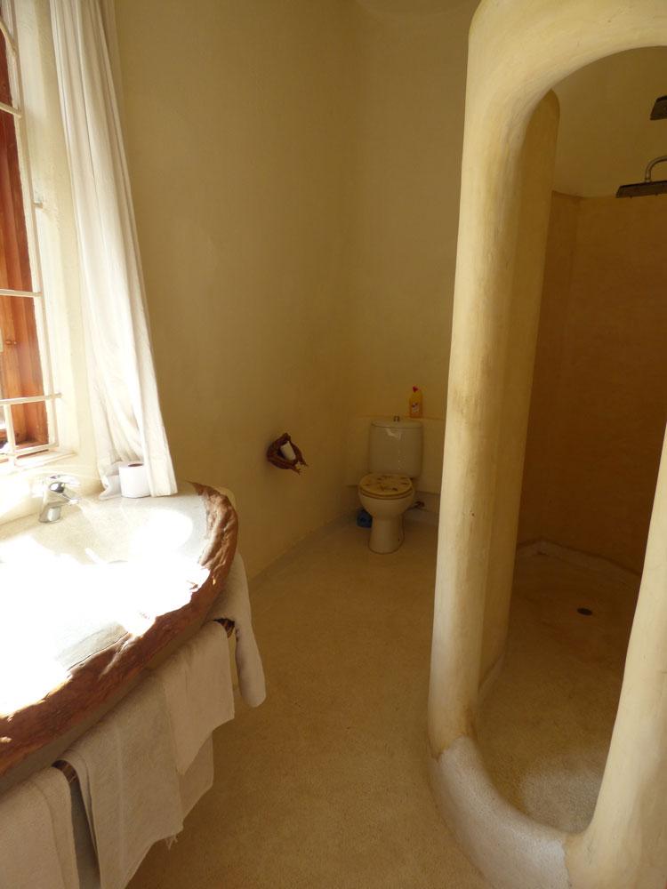 JOng-bath1.jpg