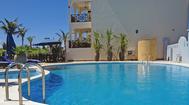 SPECTACULAR PENTHOUSE APARTMENT WITH OCEAN VIEWS FOR SALE  - Blue Bay Cove - WatamuRef:  BIR3