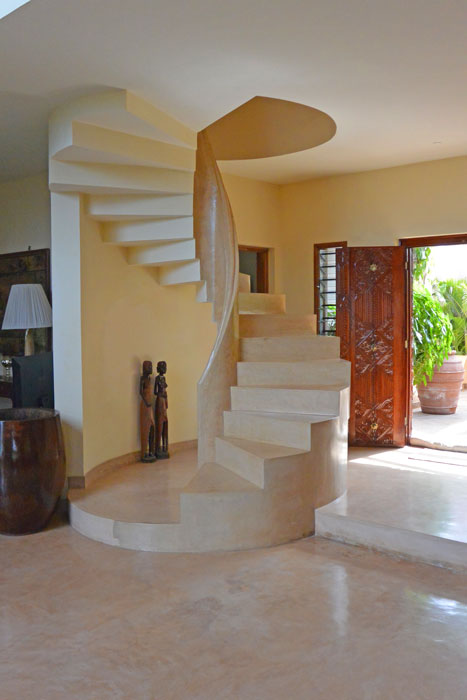 Voll-stairs.jpg