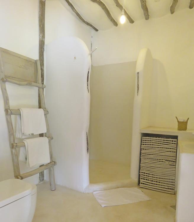 Shuma-bathroom.jpg
