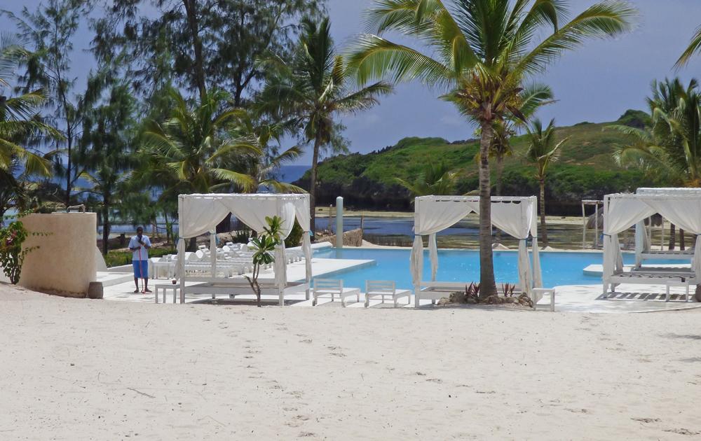 NVFT01-beachpool.jpg