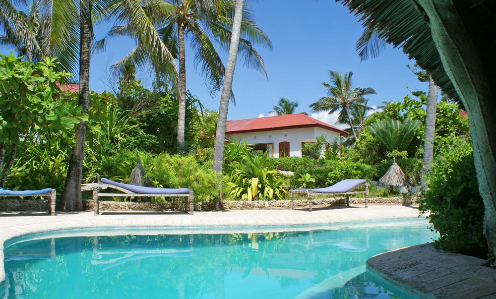 Kikapu-House-pool.jpg