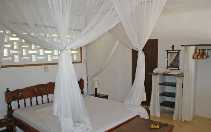 Swimbo-bed1.jpg