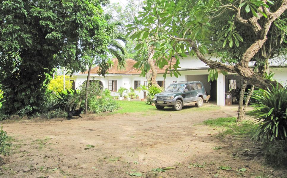 Mtwapa-mainhouse-garage.jpg