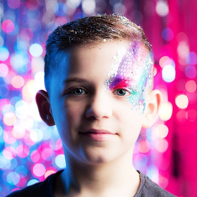 Do you need Glitterfreaks to sparkle up your son or daughter's birthday party? 🎈🎉🎊 We are ready and waiting to hear from you...💥 We have designs for boys and girls, so come and get your sparkle on 💫✨ www.glitterfreaks.co.uk #_glitterfreaks #birthdayparties #kids #adults #sparklefromtheinsideout #celebrate #partytime🎉 #events #kids #whatsapartywithoutglitterfreaks✨#pink #blue #disco #dance