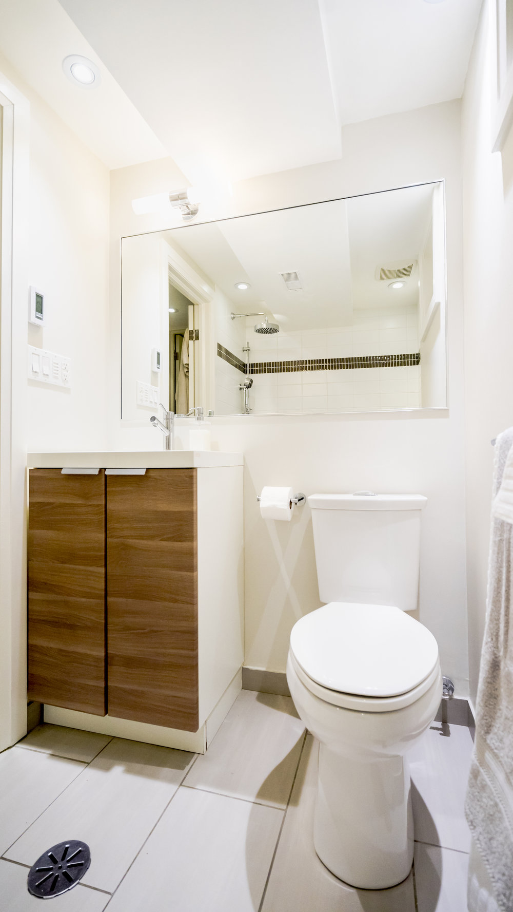 #18 - Basement Bath - 728_Richmond-85.jpg