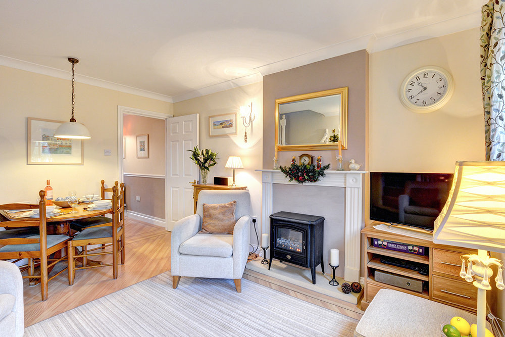 Ship Shape cosy holiday cottage in seaside harbour of Padstow living room 9.jpg