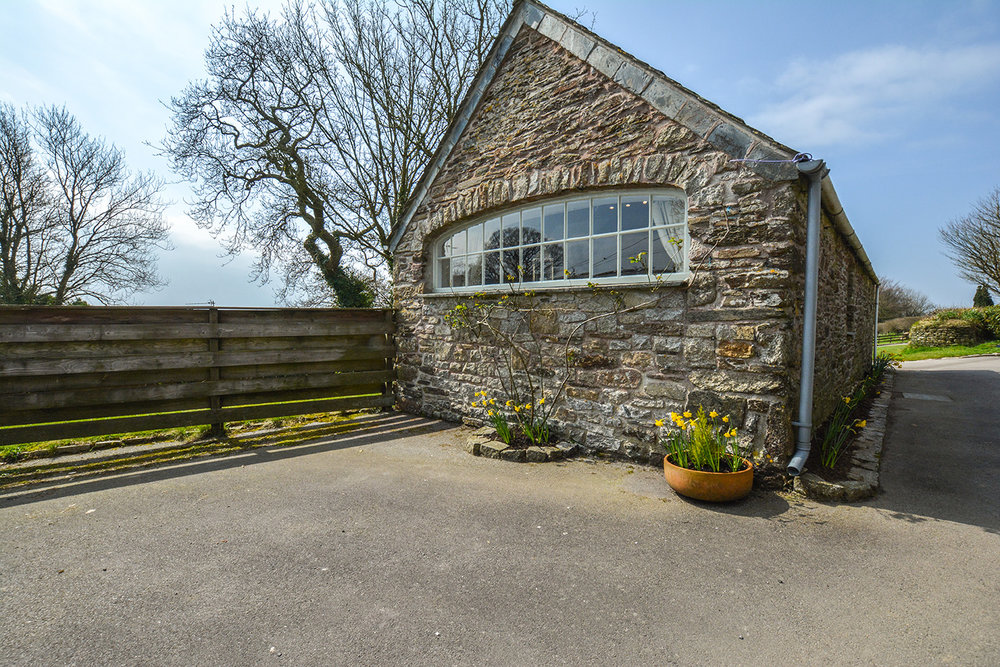 The outside of Jingles luxury self catering holiday cottage at Penrose Burden in North Cornwall near Bodmin Moor02.jpg