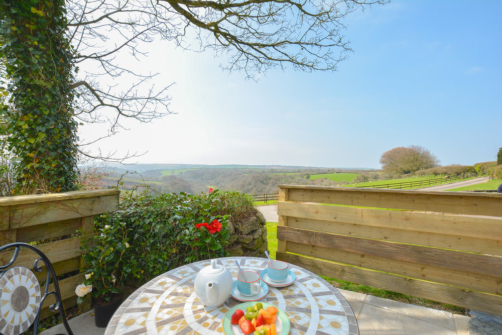 The view from the garden at Jingles luxury self catering holiday cottage at Penrose Burden in North Cornwall near Bodmin Moor03.jpg