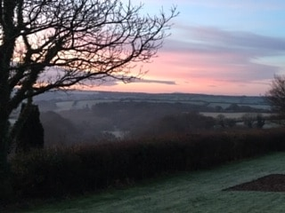 Good morning from Penrose Burden Cottages. What a view this morning! . . . #view #frostymorning #camelvalley #cornishhorizons #cornwall #selfcateringcottages #holidaycottages #sunrise