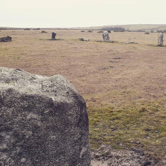 This is part of Tippet Stone circle up on the Moor. Luckily we didn't dance around it today as legend has it we would have been turned to stone! . . . #bodminmoor #stonecircle #ancientstones #cornwall #history #holidaycottages #selfcateringcottages #daphnedumaurier