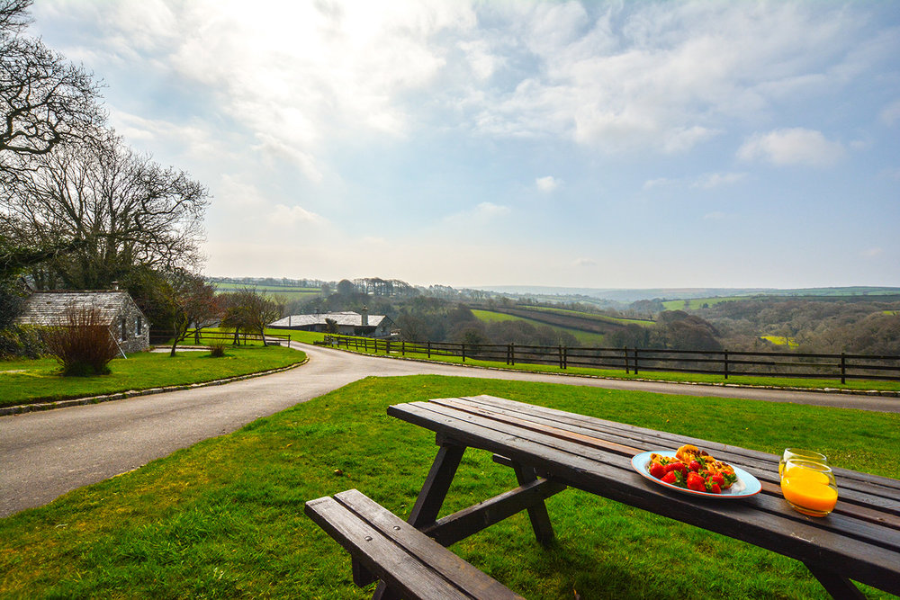 The view from Jingles luxury self catering holiday cottage at Penrose Burden in North Cornwall near Bodmin Moor02.jpg